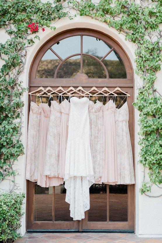 Upscale, Modern Ranch Wedding | Anya Kernes Photography 1