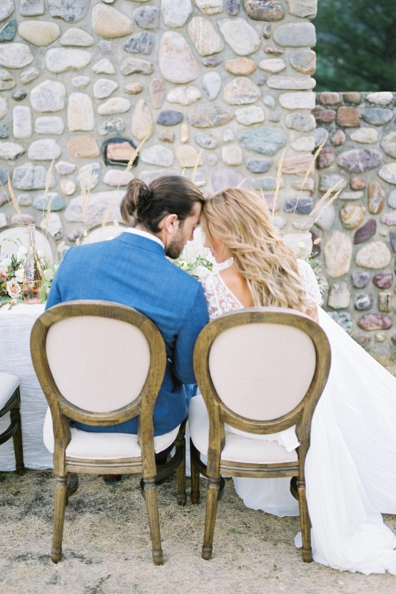 Waterfalls & Watercolors; Dreamy Blue Wedding Ideas | Minted Photography 17