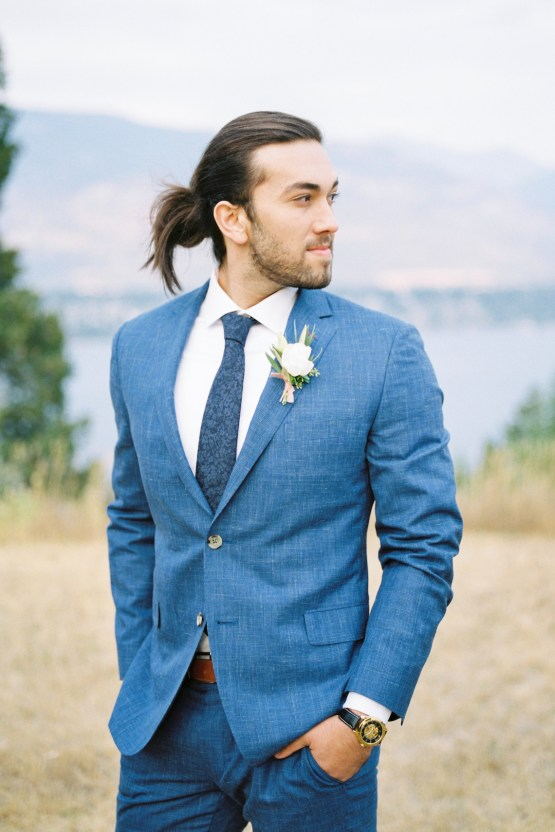 Waterfalls & Watercolors; Dreamy Blue Wedding Ideas | Minted Photography 23
