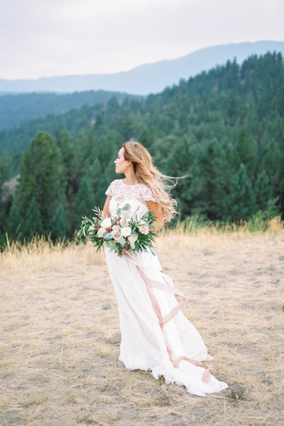 Waterfalls & Watercolors; Dreamy Blue Wedding Ideas | Minted Photography 24