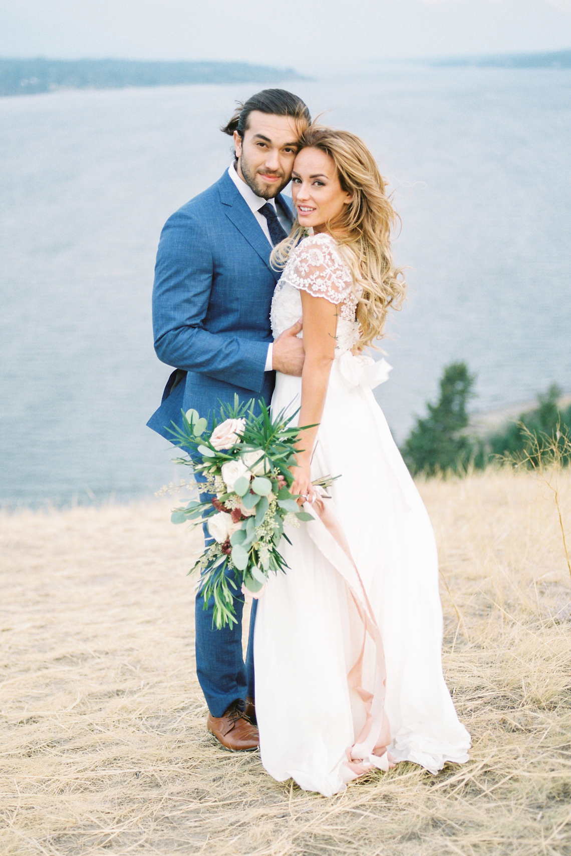 Waterfalls & Watercolors; Dreamy Blue Wedding Ideas | Minted Photography 27