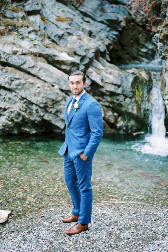 Waterfalls & Watercolors; Dreamy Blue Wedding Ideas | Minted Photography 6