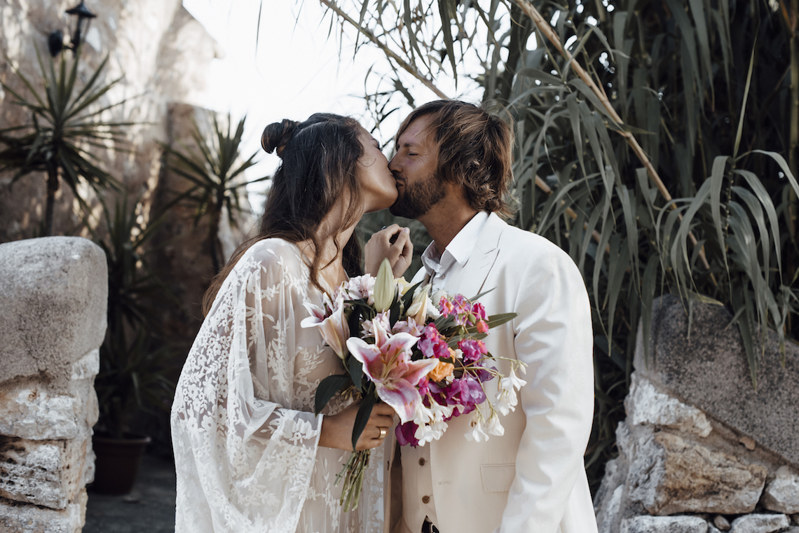 Wild, Spanish Wedding Inspiration For Bohemian Brides | IDO Events | Kevin Klein 3