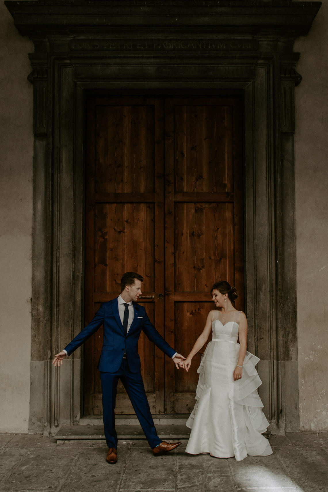 Wildy Romantic & Outrageously Fun Florence Elopement   Kelly Redinger Photography 47