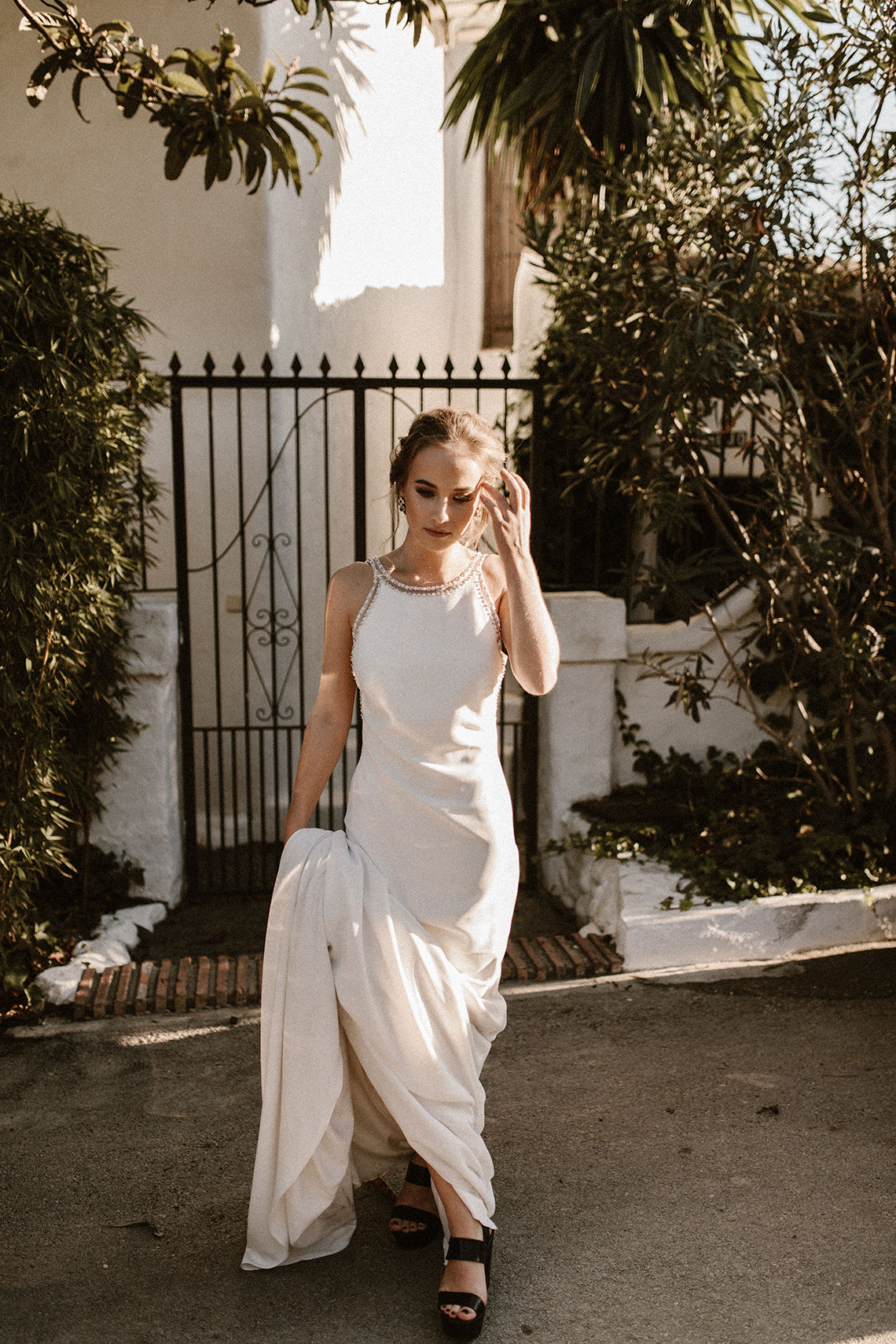 Bougainvillea Wedding Inspiration With Modern Silk Gowns | IDO Events | Kevin Klein 22