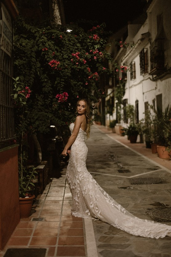 Bougainvillea Wedding Inspiration With Modern Silk Gowns | IDO Events | Kevin Klein 32