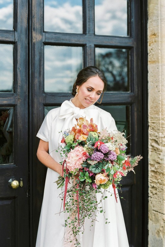 Citrus & Peach Chateau Wedding Inspiration | Lucy Davenport 23