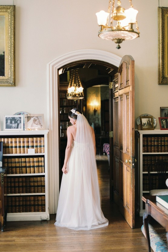 Citrus & Peach Chateau Wedding Inspiration | Lucy Davenport 26