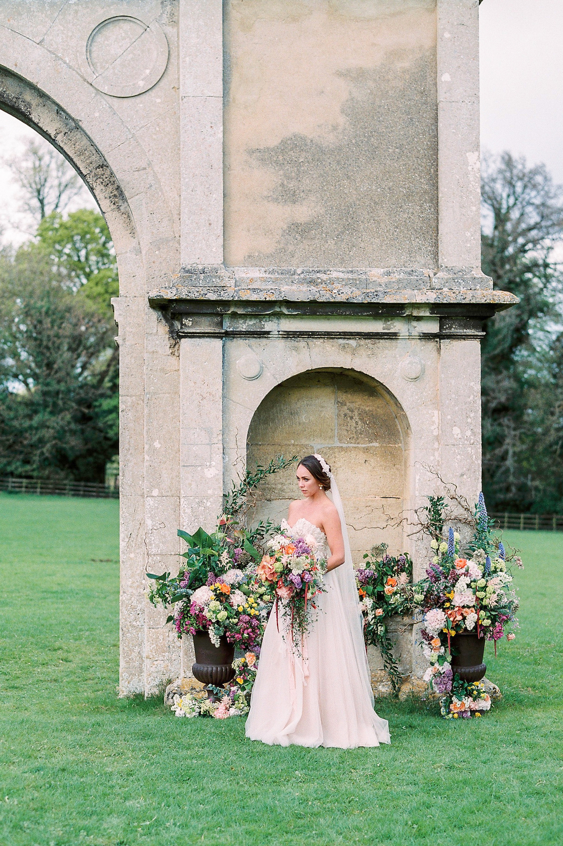 Citrus & Peach Chateau Wedding Inspiration | Lucy Davenport 28