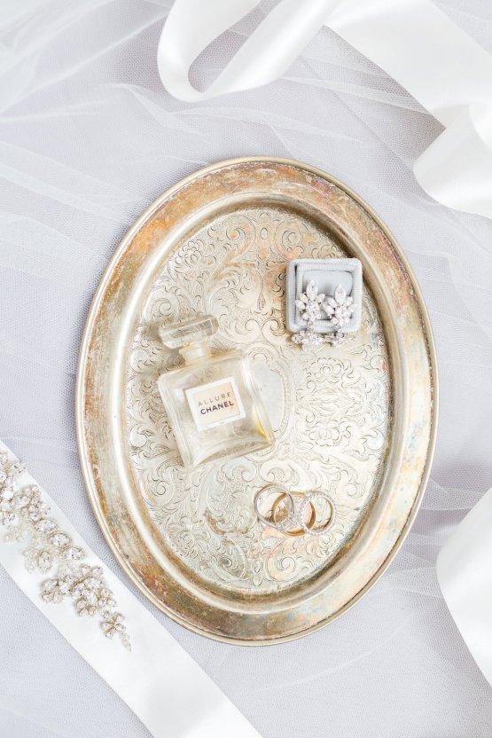 Elegant New England Farm Wedding | Kir Tuben 13