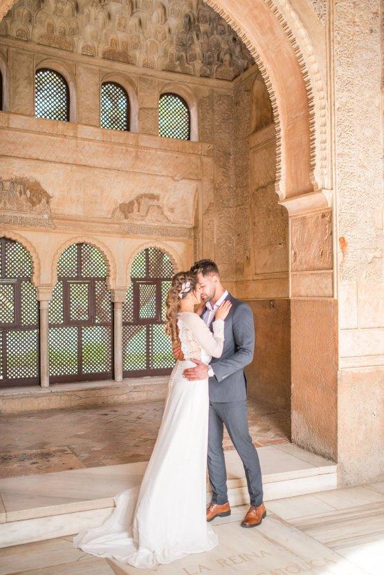 Gilded Arabic & Spanish Wedding Inspiration | Anna + Mateo 32