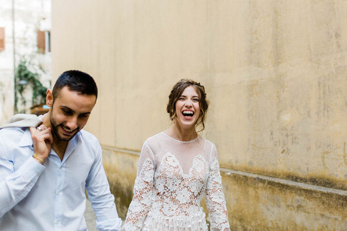 Italian Alleyway Elopement Inspiration | Danielle Smith Photography 27