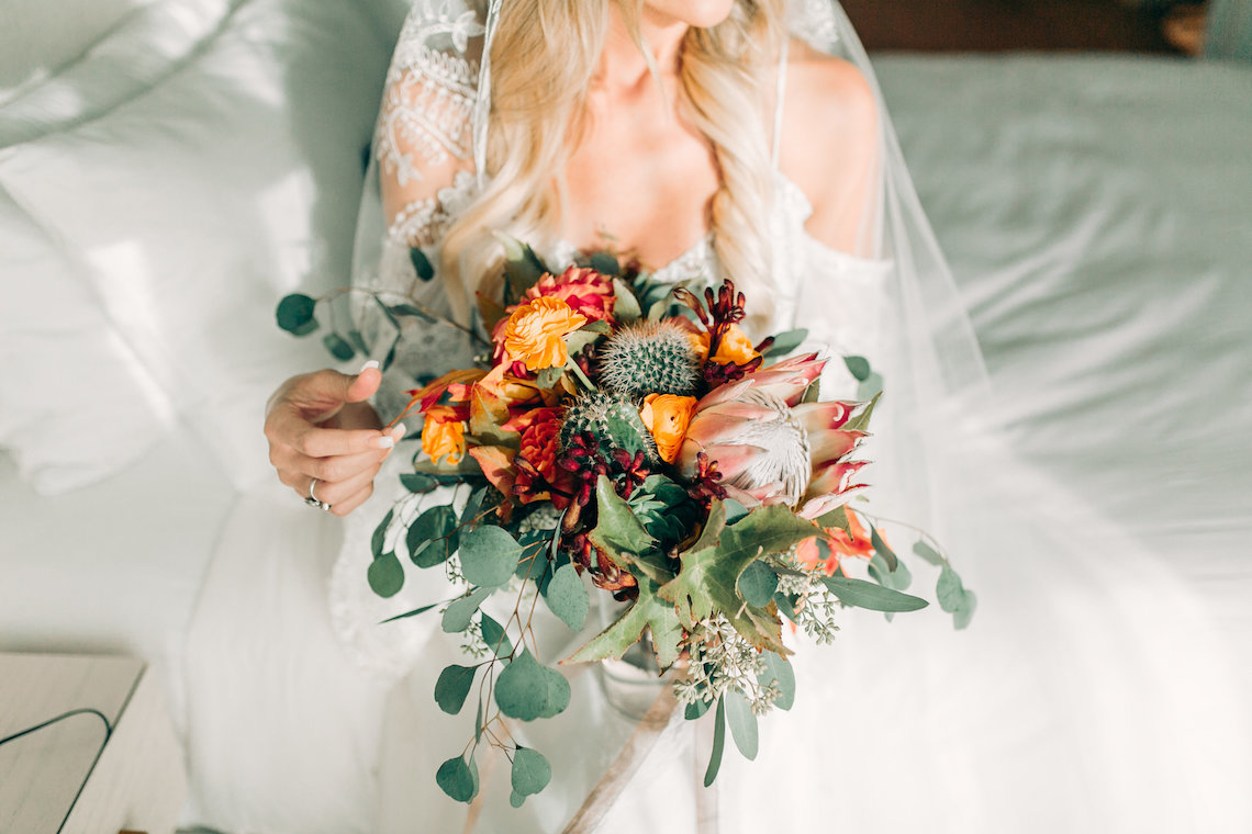 Midcentury Modern Desert Wedding Made Of Boho Dreams | Vienna Glenn 41