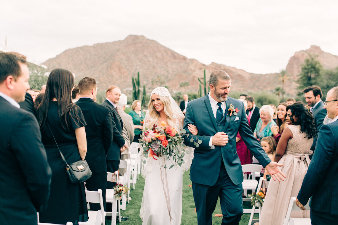Midcentury Modern Desert Wedding Made Of Boho Dreams | Vienna Glenn 46