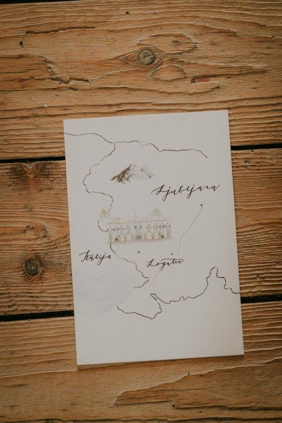 Monstera Leaves & Artichokes; A Hip Slovenian Wedding | Karen Willis Holmes Bridal | Aljosa Videtic 16