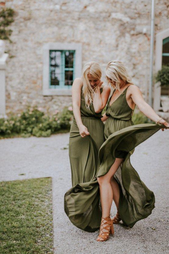 Monstera Leaves & Artichokes; A Hip Slovenian Wedding | Karen Willis Holmes Bridal | Aljosa Videtic 25
