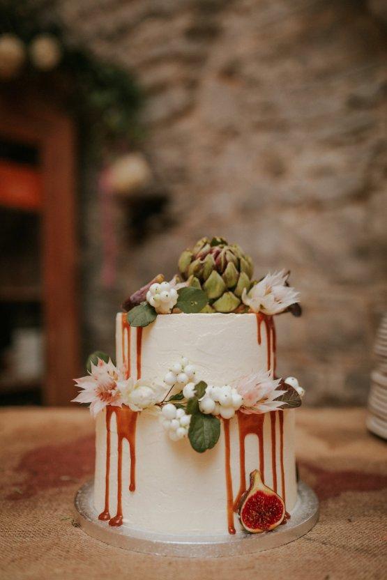 Monstera Leaves & Artichokes; A Hip Slovenian Wedding | Karen Willis Holmes Bridal | Aljosa Videtic 36
