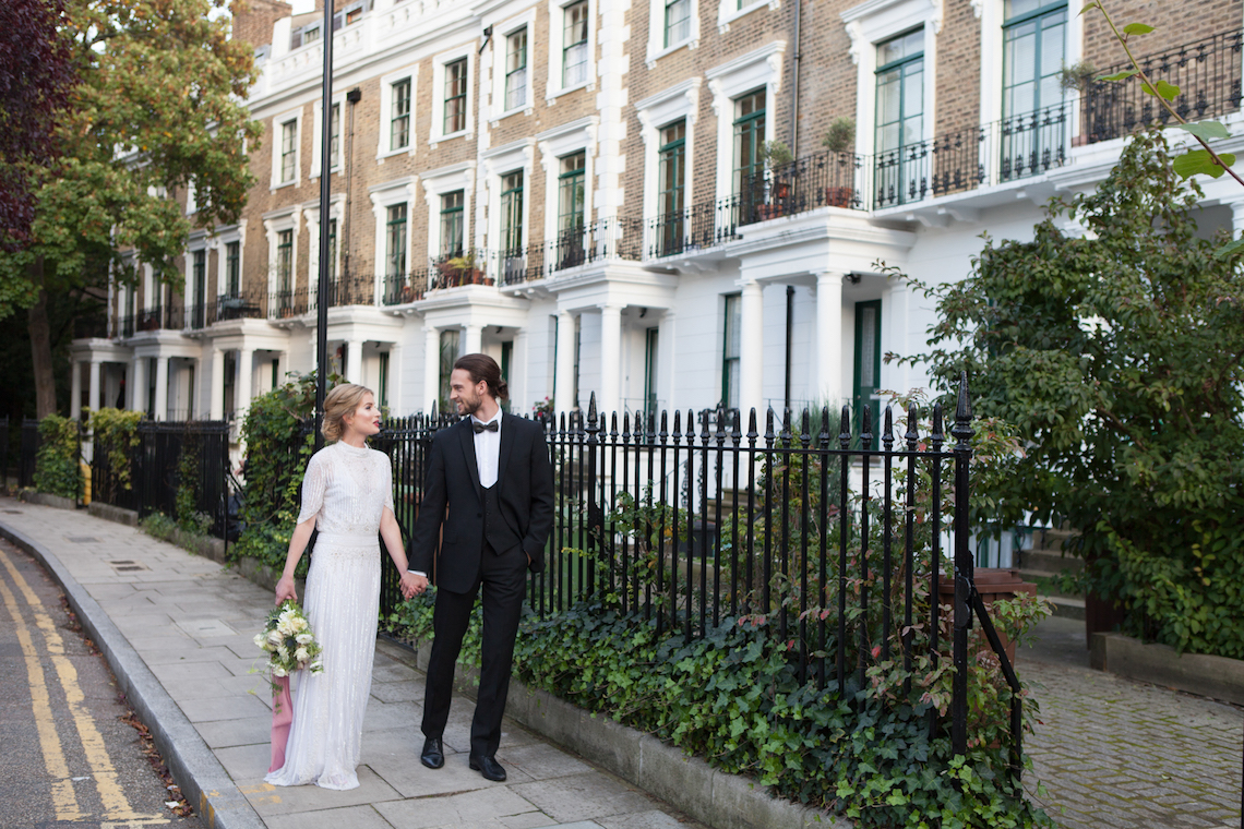 Swanky London Wedding Inspiration Filled With Pretty Dessert Ideas | Amanda Karen Photography 12