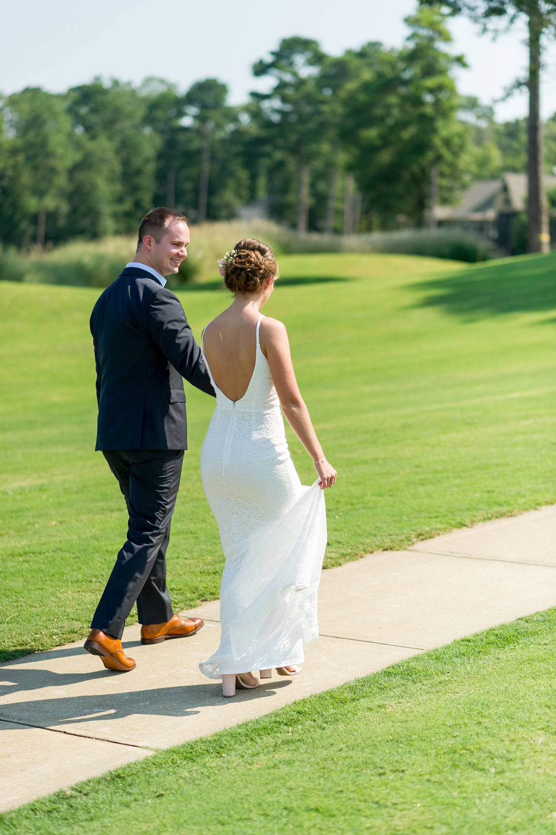 Sweet & Intimate Southern Brunch Wedding | Laura Barnes Wedding 16