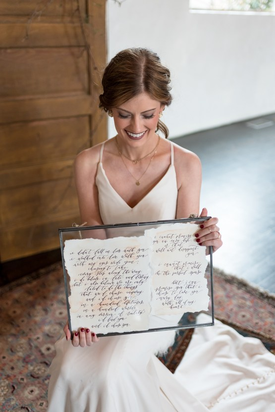 Vintage & Minimalist Wedding Ideas | Mandy Liz Photography 14