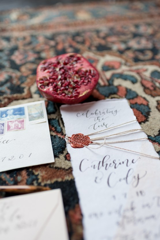 Vintage & Minimalist Wedding Ideas | Mandy Liz Photography 30