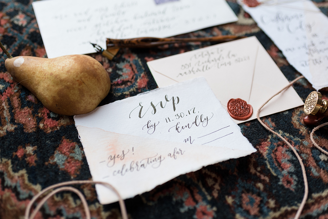 Vintage & Minimalist Wedding Ideas | Mandy Liz Photography 51