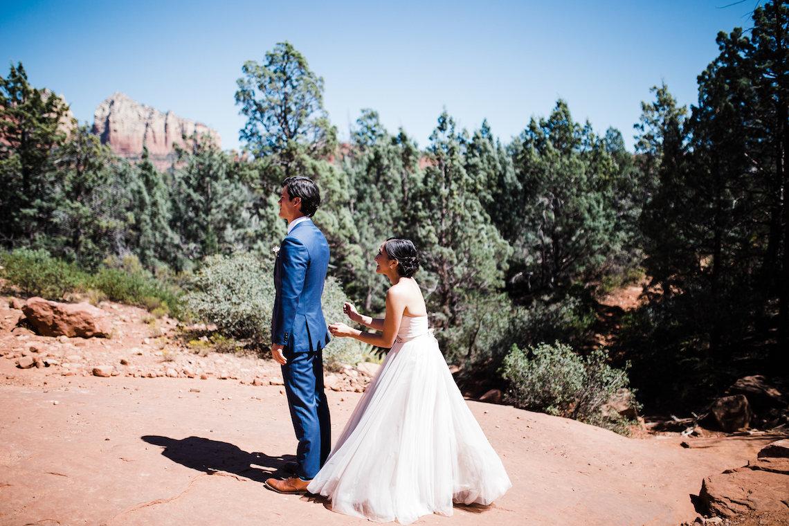 Casual Sedona Red Rocks Wedding (With A Sweet Blush Wedding Dress) | Julia Kinnunen Photography 2