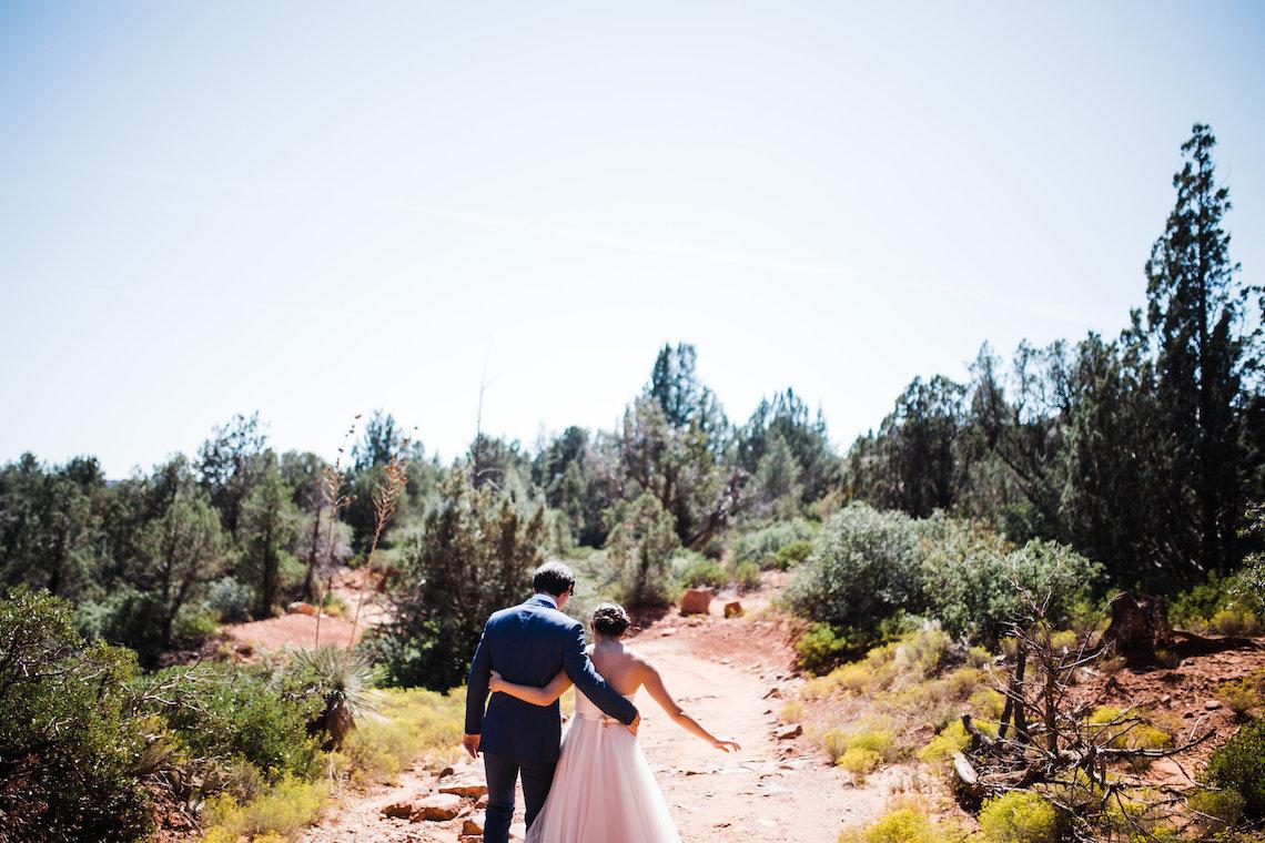 Casual Sedona Red Rocks Wedding (With A Sweet Blush Wedding Dress) | Julia Kinnunen Photography 4