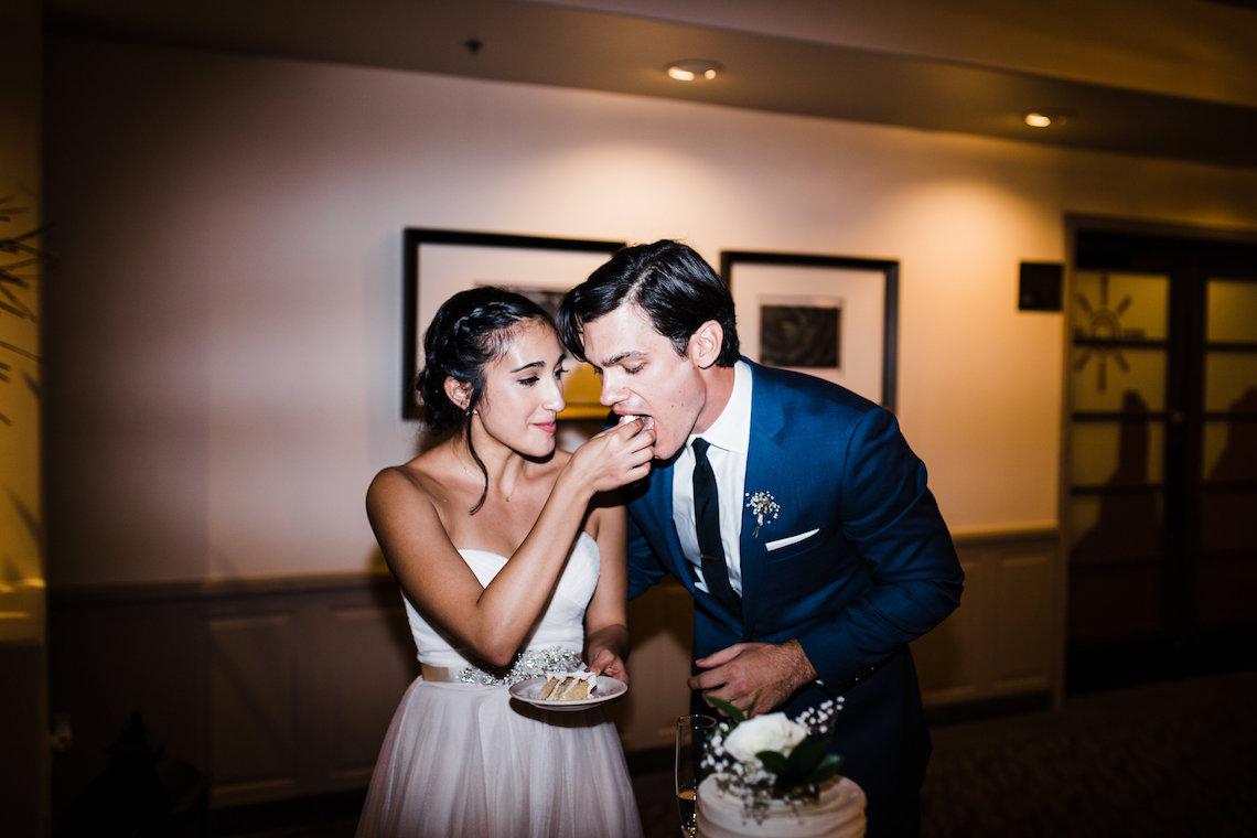 Casual Sedona Red Rocks Wedding (With A Sweet Blush Wedding Dress) | Julia Kinnunen Photography 8