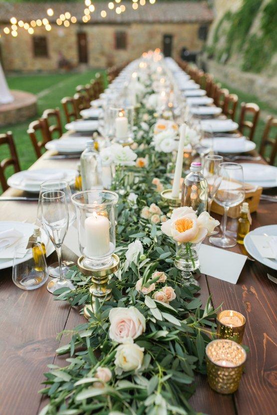 Intimate Al Fresco Wedding In A Tuscan Vineyard | Roberta Facchini