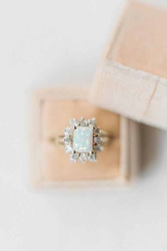 Ornate Candelit Peach & Blue Wedding Inspiration | Gabriela Jarkovska 14