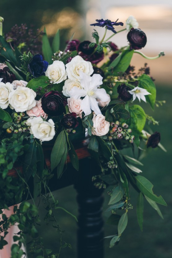 Rich & Rustic Malibu Mountains Ranch Wedding Inspiration | Vitae Weddings 10