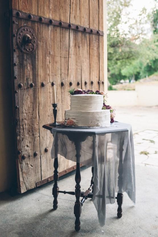 Rich & Rustic Malibu Mountains Ranch Wedding Inspiration | Vitae Weddings 28