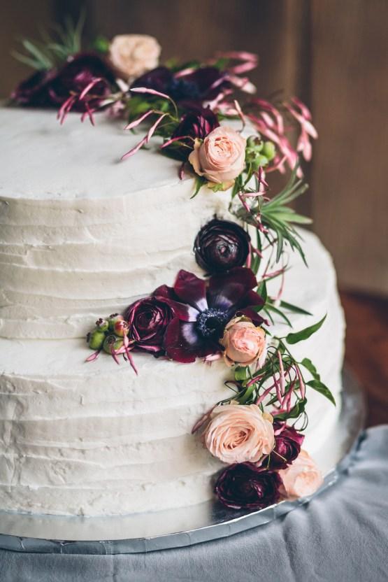 Rich & Rustic Malibu Mountains Ranch Wedding Inspiration | Vitae Weddings 29