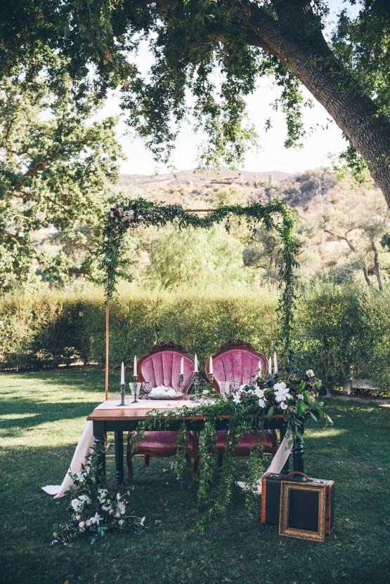 Rich & Rustic Malibu Mountains Ranch Wedding Inspiration | Vitae Weddings 7