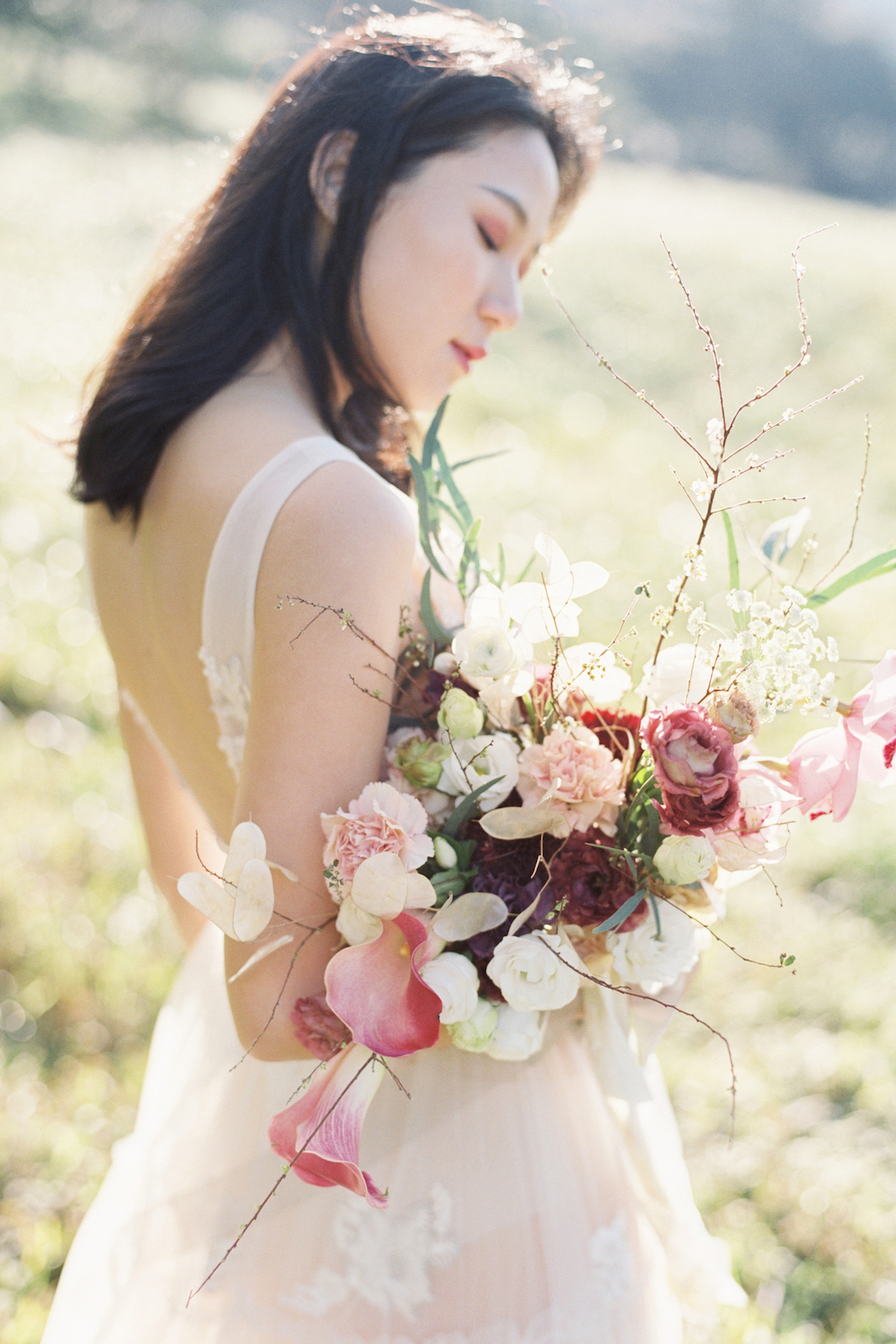 Whimsical Meadow Wedding Inspiration With Dried Florals | Olea & Fig Studio | The Stage Photography 27