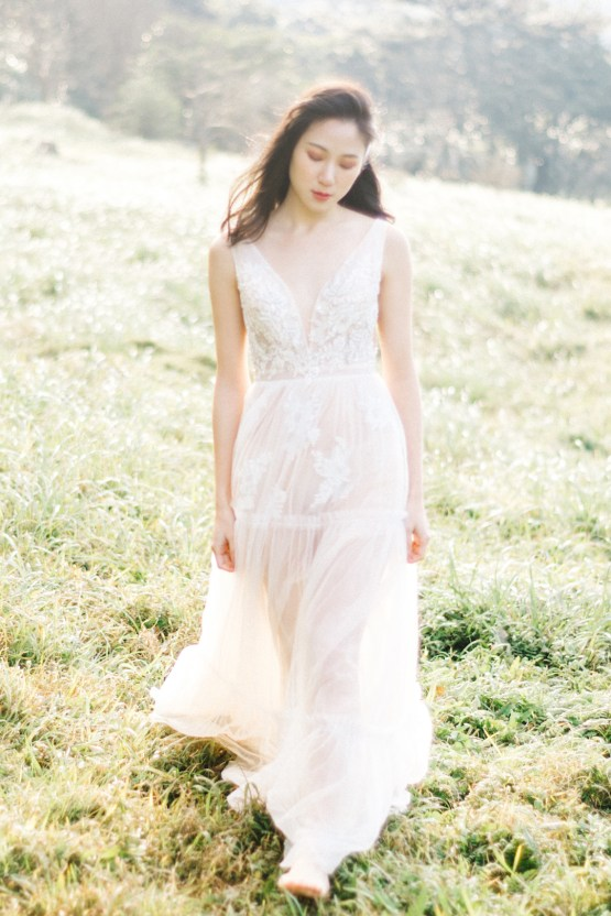 Whimsical Meadow Wedding Inspiration With Dried Florals | Olea & Fig Studio | The Stage Photography 30