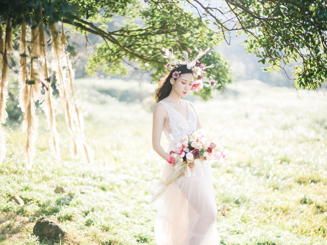 Whimsical Meadow Wedding Inspiration With Dried Florals | Olea & Fig Studio | The Stage Photography 42