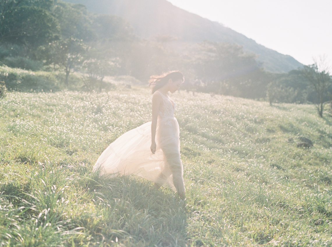 Whimsical Meadow Wedding Inspiration With Dried Florals | Olea & Fig Studio | The Stage Photography 43