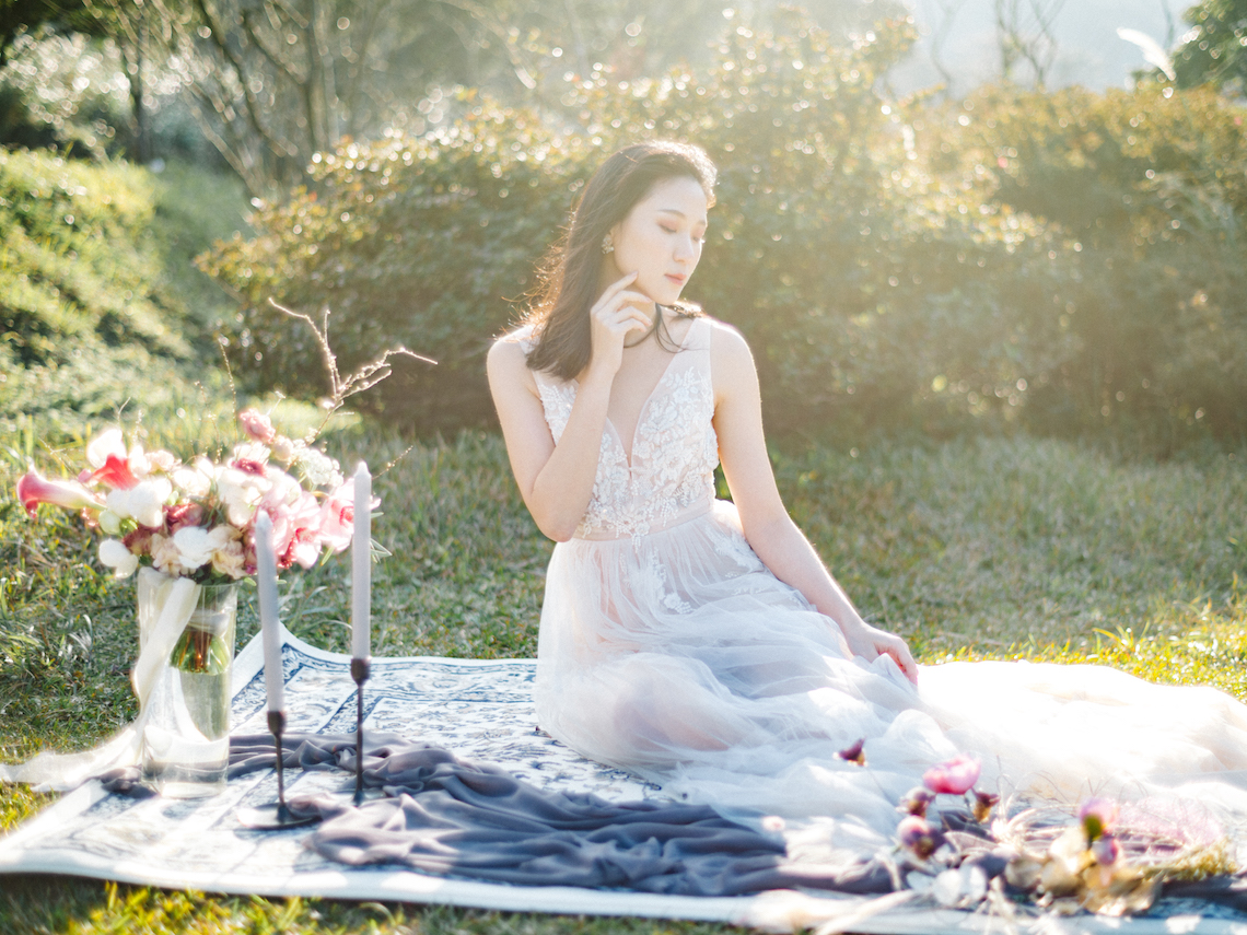 Whimsical Meadow Wedding Inspiration With Dried Florals | Olea & Fig Studio | The Stage Photography 45