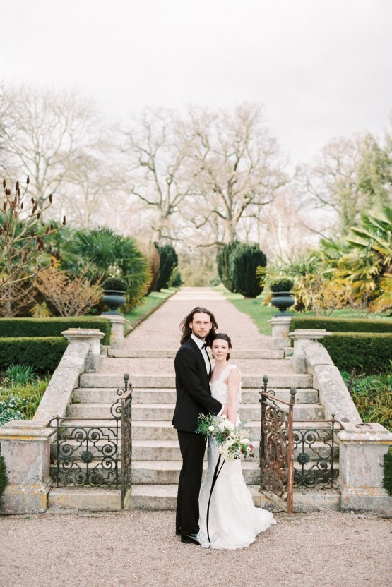 Luxurious Coco Chanel Inspired Wedding Ideas   Bowtie & Belle Photography 23
