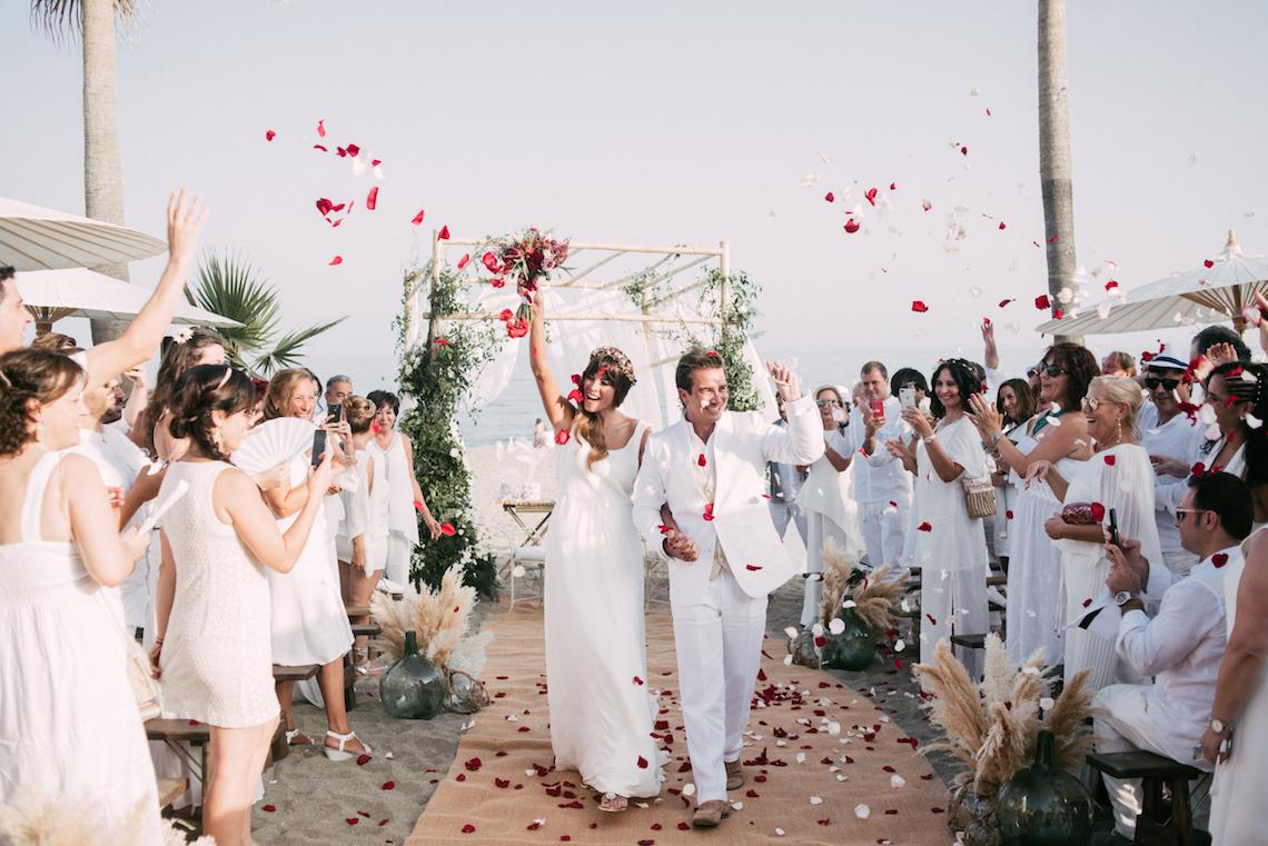 Relaxed All-White Spanish Beach Wedding With Seriously Glamorous Bridal Beauty Style   Sara Lobla Photography 11