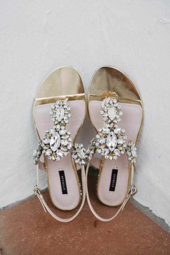 Relaxed All-White Spanish Beach Wedding With Seriously Glamorous Bridal Beauty Style   Sara Lobla Photography 21