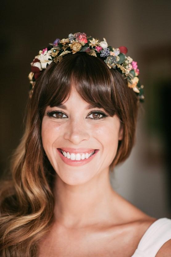 Relaxed All-White Spanish Beach Wedding With Seriously Glamorous Bridal Beauty Style   Sara Lobla Photography 25