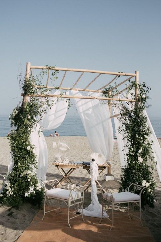 Relaxed All-White Spanish Beach Wedding With Seriously Glamorous Bridal Beauty Style   Sara Lobla Photography 30
