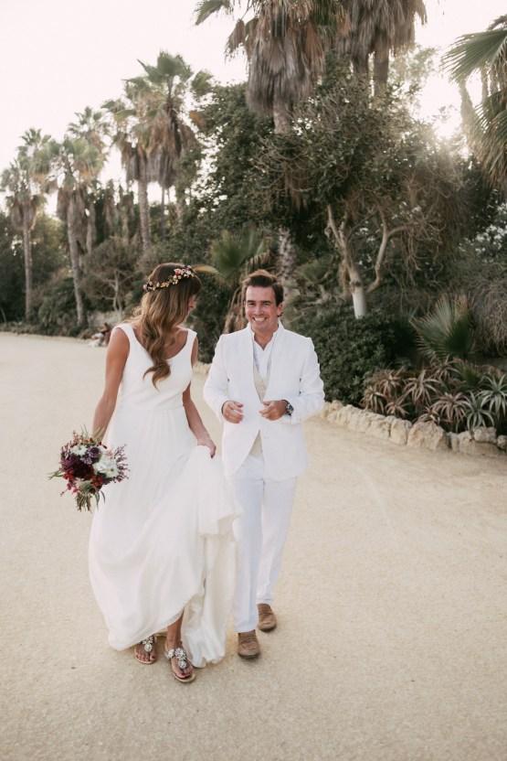Relaxed All-White Spanish Beach Wedding With Seriously Glamorous Bridal Beauty Style   Sara Lobla Photography 36