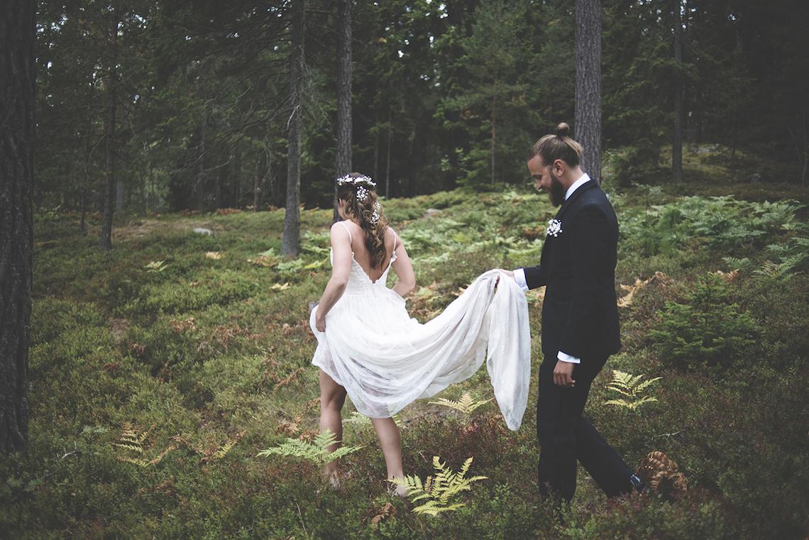 Relaxed & Woodsy Swedish Island Wedding   Sara Kollberg 16