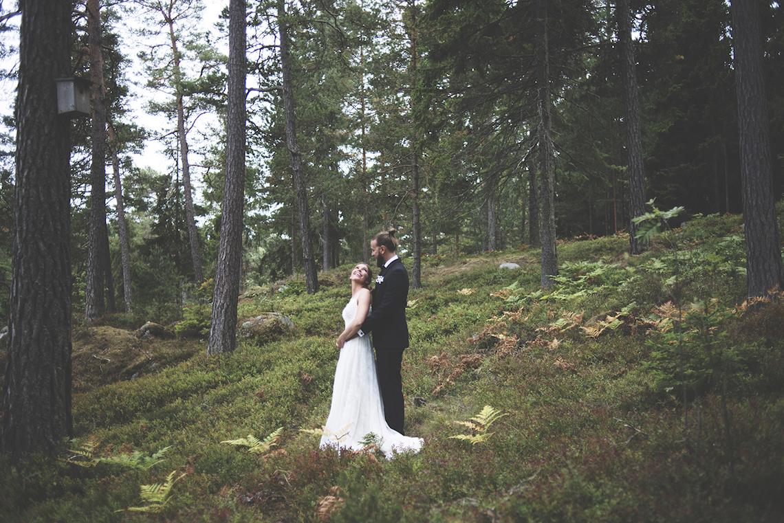 Relaxed & Woodsy Swedish Island Wedding   Sara Kollberg 17