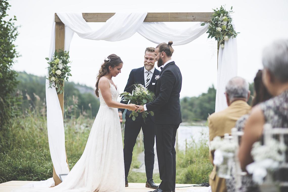 Relaxed & Woodsy Swedish Island Wedding   Sara Kollberg 21