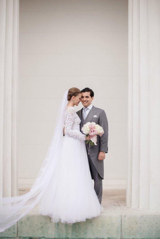 An Elegant Royal Vienna Destination Wedding | A Very Beloved Wedding | Sandra Aberg 14